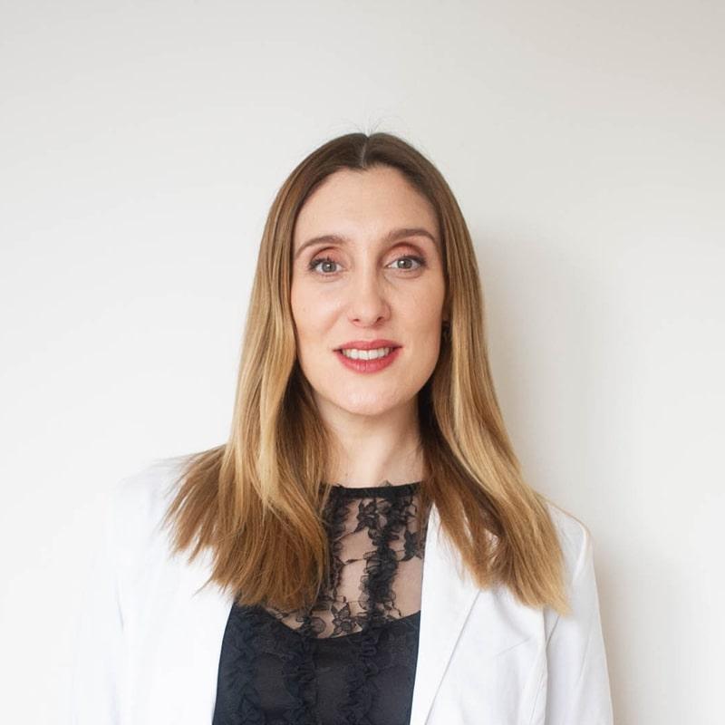 Dra. Ofelia Casanueva